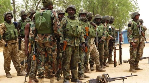 Nigeria giai cuu 1.000 con tin bi nhom khung bo Boko Haram bat giu hinh anh 1