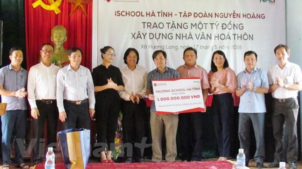 Tap doan Nguyen Hoang tang 1 ty dong xay dung nha van hoa thon hinh anh 1
