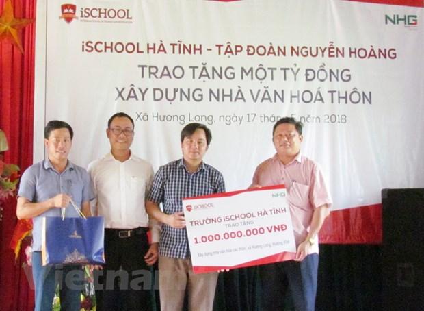 Tap doan Nguyen Hoang tang 1 ty dong xay dung nha van hoa thon hinh anh 2