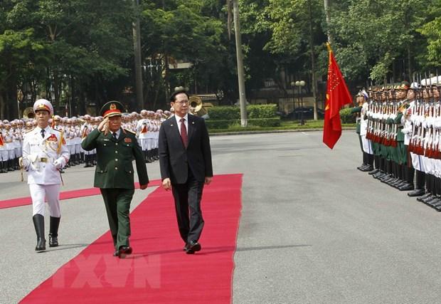 Bo truong Bo Quoc phong Han Quoc tham chinh thuc Viet Nam hinh anh 1