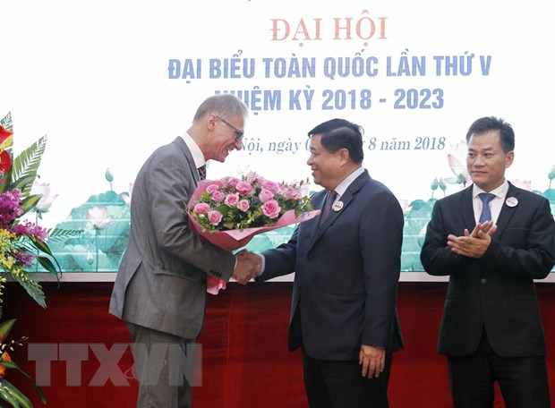 Ong Nguyen Chi Dung duoc bau lam Chu tich Hoi huu nghi Viet-Duc hinh anh 1