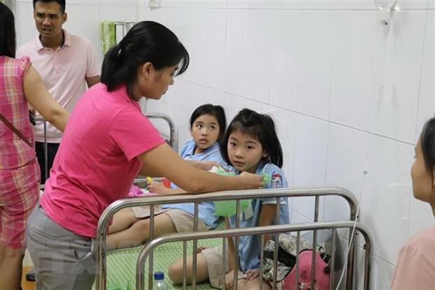 Ninh Binh: 347 hoc sinh nghi ngo doc thuc pham da duoc xuat vien hinh anh 1