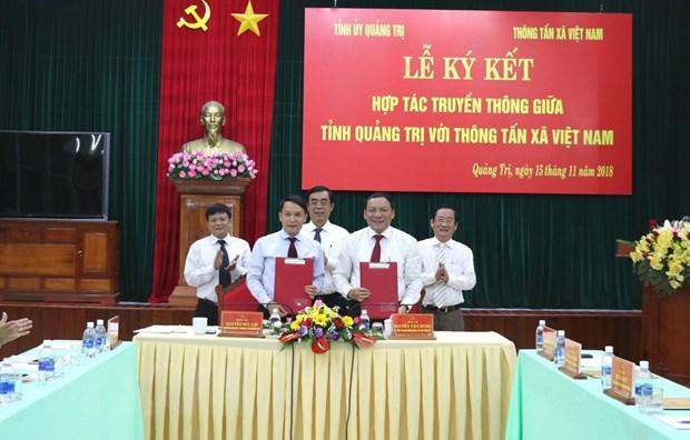 Thong tan xa Viet Nam va tinh Quang Tri ky ket hop tac truyen thong hinh anh 1