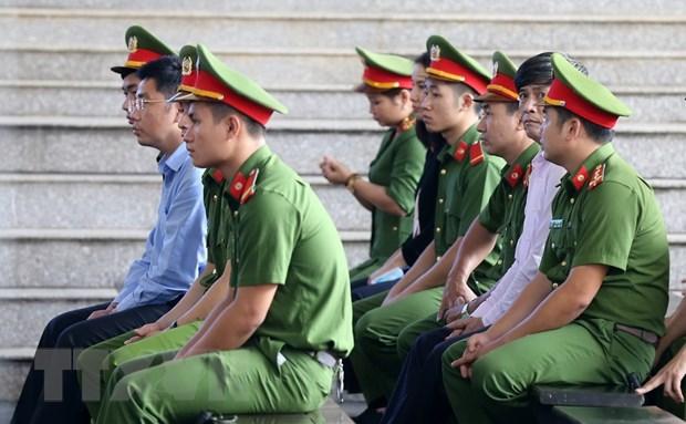 Vu danh bac nghin ty qua mang: Bi cao Phan Sao Nam len buc xet hoi hinh anh 2