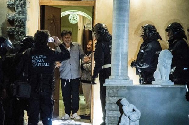 Italy tich thu tai san cua bang nhom mafia khet tieng tai Rome hinh anh 1