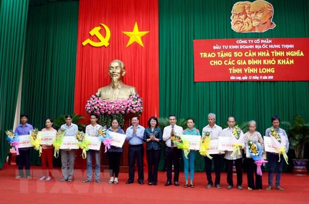 Pho Chu tich nuoc trao tang 50 can nha tinh nghia tai Vinh Long hinh anh 1