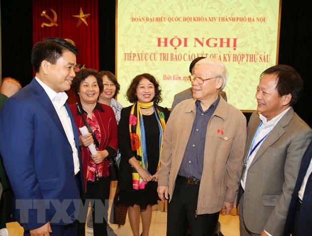 Tong Bi thu, Chu tich nuoc Nguyen Phu Trong tiep xuc cu tri Ha Noi hinh anh 3