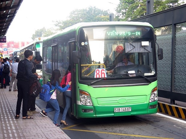 Thanh pho Ho Chi Minh thi diem the xe buyt thong minh tren 9 tuyen hinh anh 1