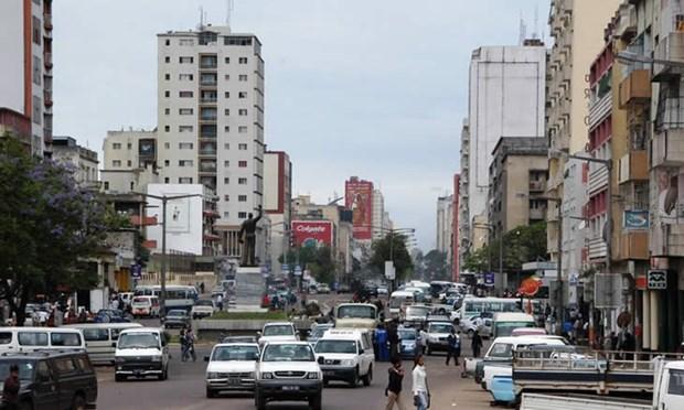 Ngan sach Mozambique tham thung vi 30.000