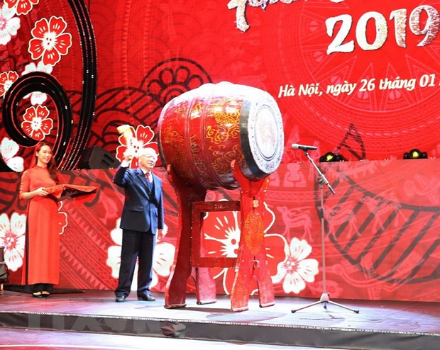 Chuong trinh Xuan Que huong 2019: Lan toa tinh doan ket dan toc hinh anh 1