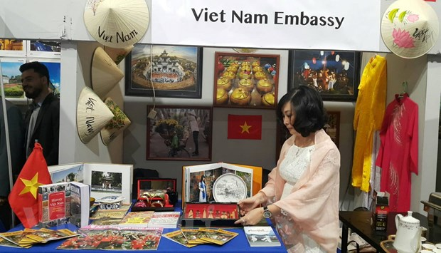 Quang ba hinh anh dat nuoc va con nguoi Viet Nam tai Ai Cap hinh anh 3