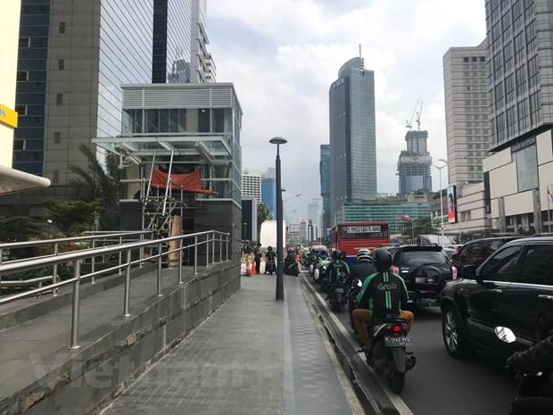 Indonesia cam xe ca nhan o mot so tuyen duong de tranh un tac hinh anh 2