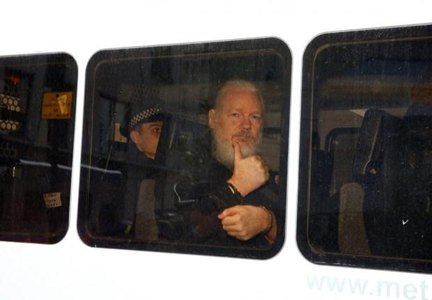Cong su cua ong Julian Assange khong duoc phep gap luat su hinh anh 1