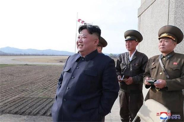 Lanh dao Trieu Tien Kim Jong-un giam sat vu thu vu khi chien thuat moi hinh anh 1