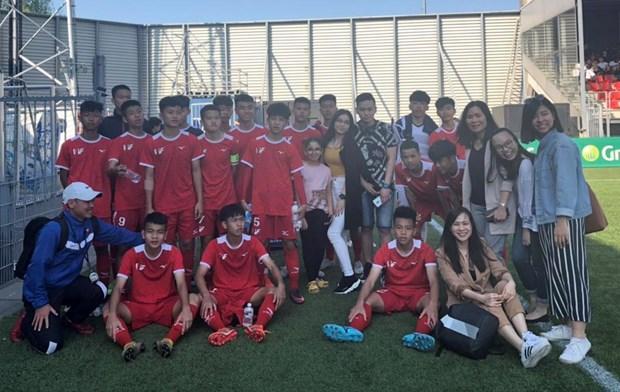 Doi tuyen U15 PVF tham du Sportchain Cup 2019 tai Ha Lan hinh anh 1