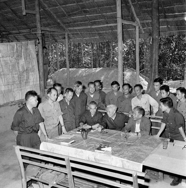 Chủ tịch nước, Đại tướng Lê Đức Anh với sự nghiệp cách mạng Việt Nam - 1