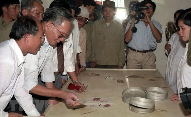 Chủ tịch nước, Đại tướng Lê Đức Anh với sự nghiệp cách mạng Việt Nam - 2