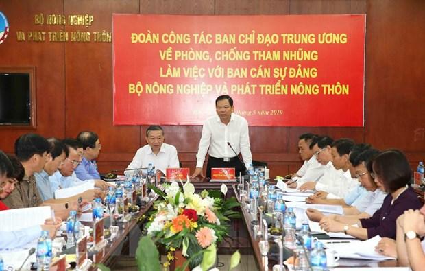 Dai tuong To Lam: Nhiem vu chong tham nhung van con rat nang ne hinh anh 2
