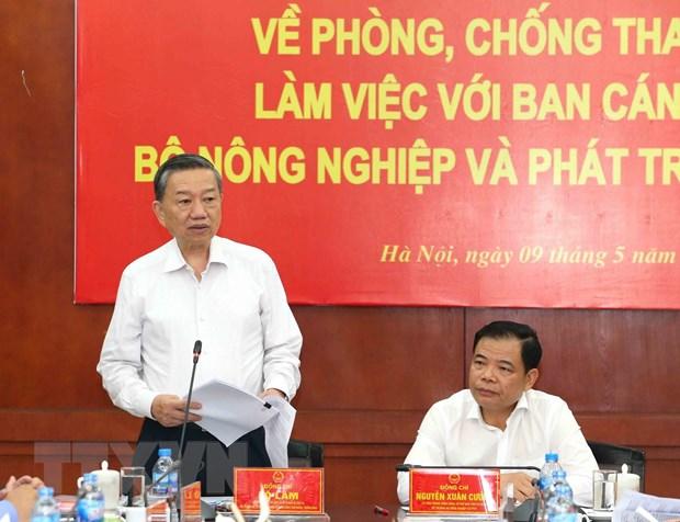 Dai tuong To Lam: Nhiem vu chong tham nhung van con rat nang ne hinh anh 1