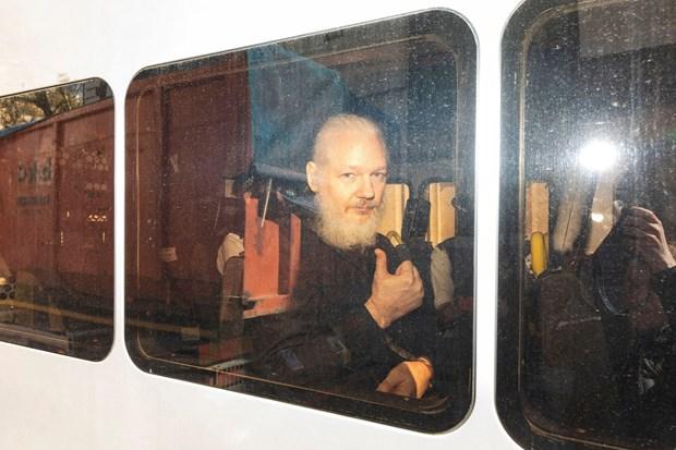Ecuador se trao tai lieu ve ong chu WikiLeaks Julian Assange cho My hinh anh 1