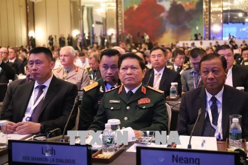 Viet Nam ung ho va se dong gop tich cuc tai Doi thoai Shangri-La 2019 hinh anh 1