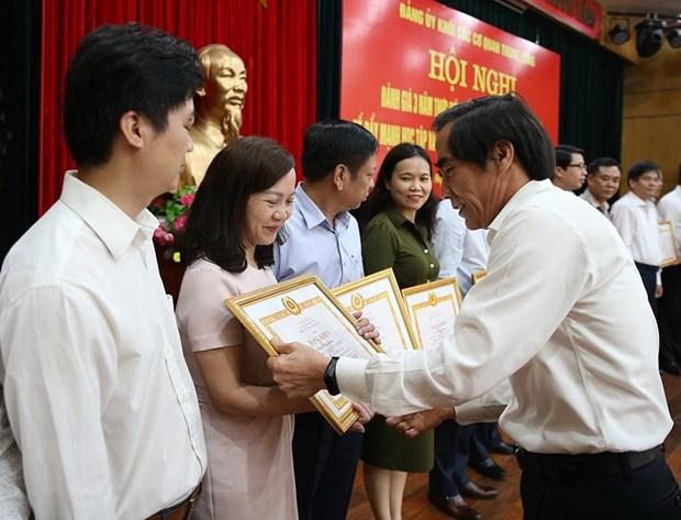 Pho Tong Giam doc TTXVN nhan Bang khen cua Dang bo khoi cac co quan TW hinh anh 2