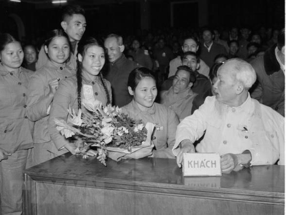 50 nam thuc hien Di chuc cua Chu tich Ho Chi Minh: Nghi ve 5 loi the hinh anh 1