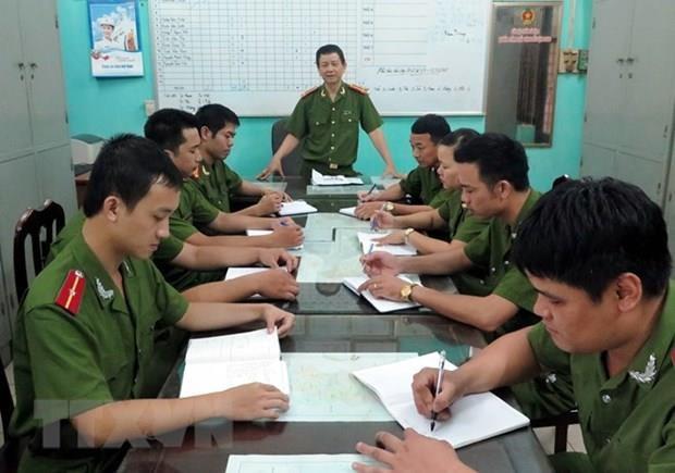 Ban hanh chinh sach doi voi chien si Cong an thoi phuc vu trong nganh hinh anh 1