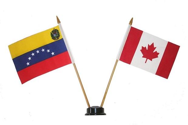 Cac lanh su quan Venezuela tai Canada tam ngung hoat dong hinh anh 1
