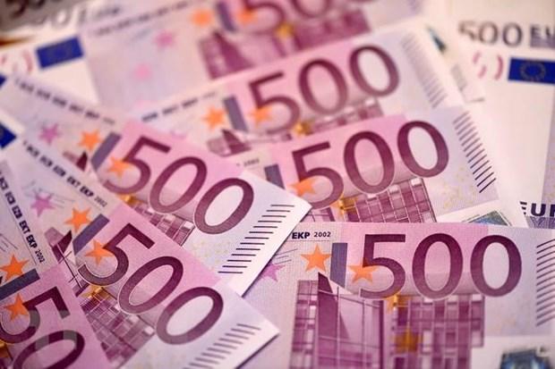 ECB: Vi the dong euro duoc cai thien manh me trong nam 2018 hinh anh 1