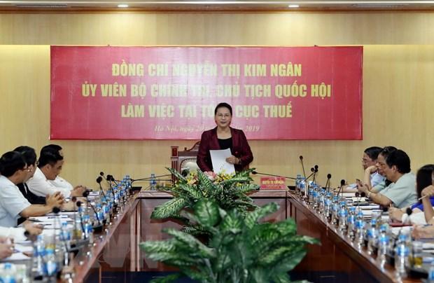 Chu tich Quoc hoi Nguyen Thi Kim Ngan lam viec tai Tong cuc Thue hinh anh 2