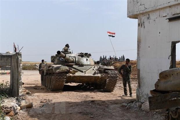 Gan 100 nguoi thiet mang do giao tranh tai khu vuc Tay Bac Syria hinh anh 1
