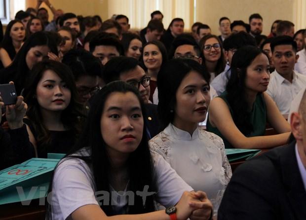 Truong Dai hoc Tai chinh cua Nga tu hao ve cac sinh vien Viet Nam hinh anh 1