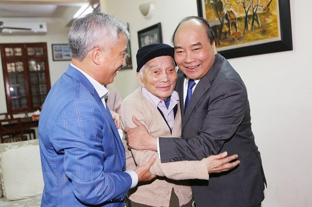 Giao su Hoang Tuy: Mot tam guong ve tai nang va nhan cach hinh anh 1