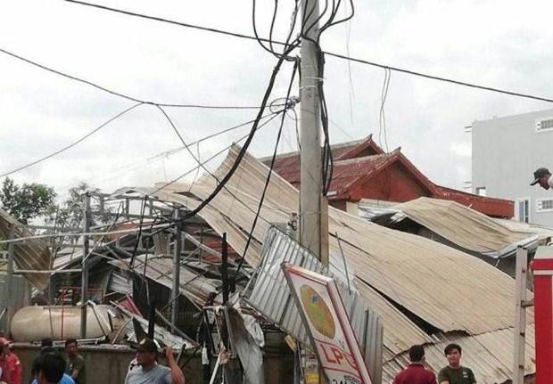 Campuchia: No xe bon cho khi dot khien nhieu nguoi bi thuong hinh anh 1
