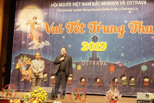 Thu tuong Sec gui thu chuc mung thieu nhi nguoi Viet dip Trung Thu hinh anh 2