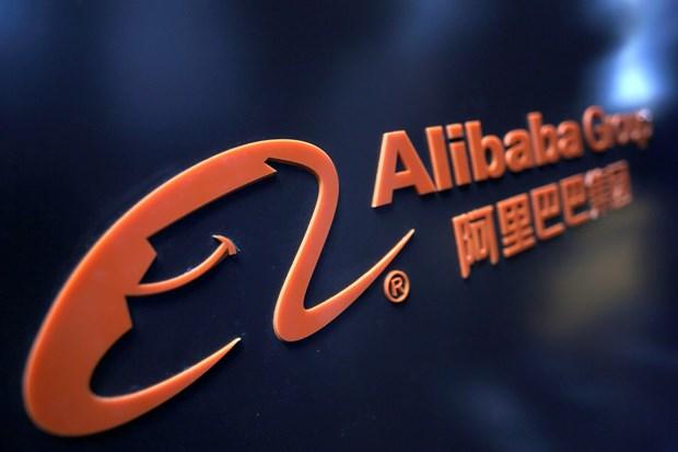 Alibaba ngung ban cac san pham lien quan den thuoc la dien tu tai My hinh anh 1