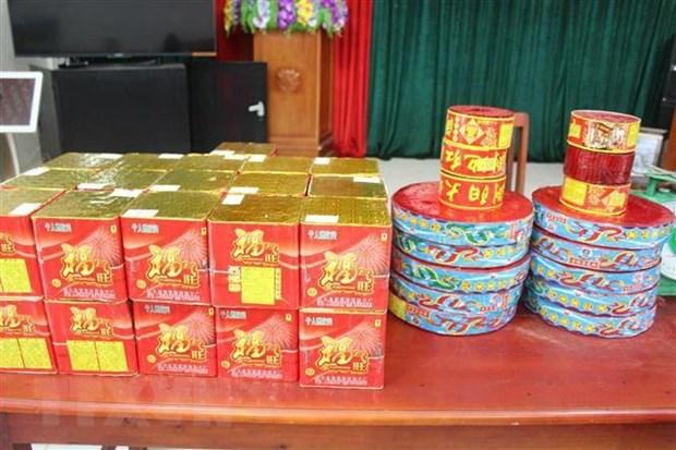 Hai Duong: Bat doi tuong van chuyen, tang tru phao trai phep hinh anh 1
