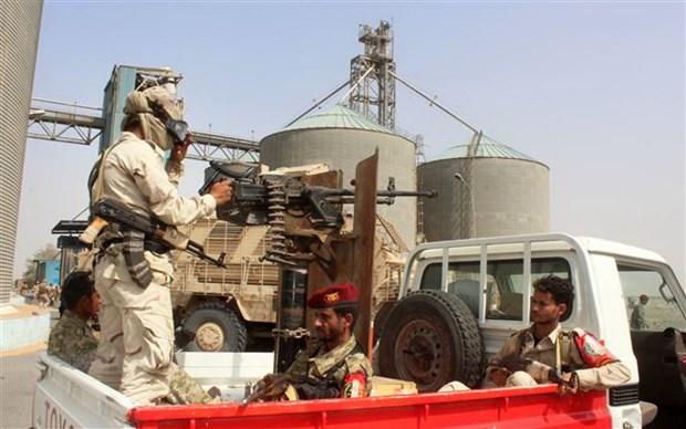 Saudi Arabia cu quan tiep vien toi thanh pho cang Aden cua Yemen hinh anh 1
