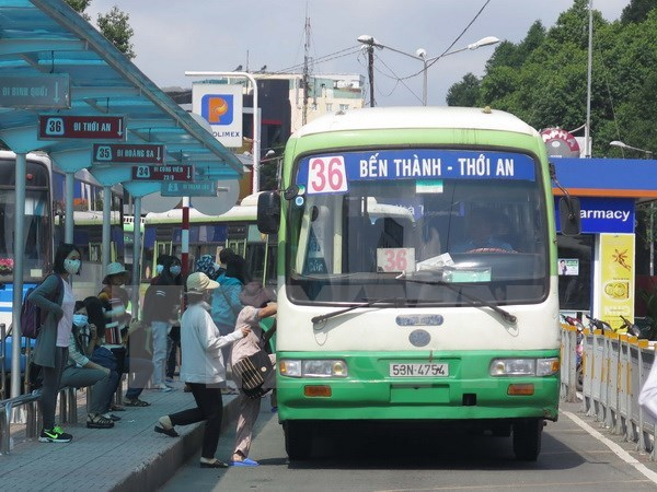 Phat trien giao thong cong cong: Van 'gap ghenh' giai phap hinh anh 2