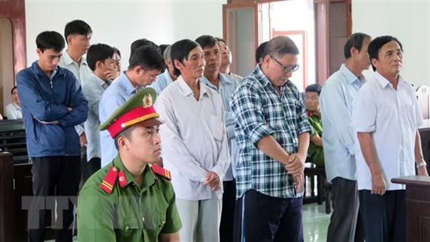 Phu Yen: Nguyen Chu tich Uy ban nhan dan huyen Dong Hoa linh an tu hinh anh 1