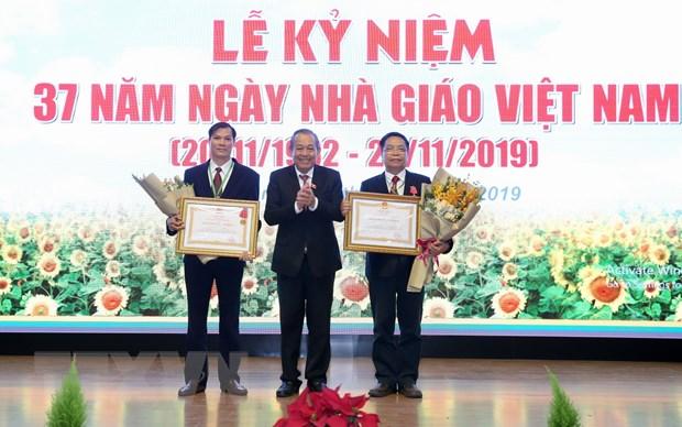 Pho Thu tuong chuc mung thay, co giao Hoc vien Nong nghiep Viet Nam hinh anh 2