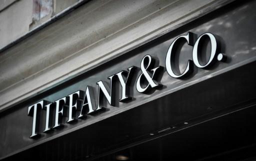 LVMH nang gia de xuat mua lai Tiffany len khoang 16 ty USD hinh anh 1