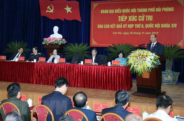 Thu tuong Nguyen Xuan Phuc tiep xuc cu tri huyen Cat Hai hinh anh 2