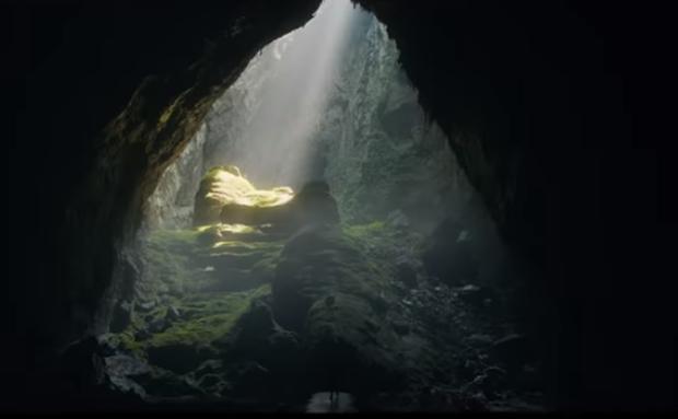 Khung canh Quang Binh xuat hien hung vi trong MV moi cua Alan Walker hinh anh 1