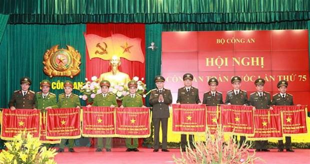 Bo truong To Lam noi ve 5 bai hoc trong phong, chong toi pham hinh anh 2