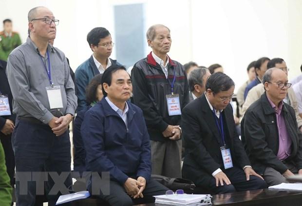 Xu 2 nguyen lanh dao Da Nang: Tranh luan ve gia ban nha dat cong san hinh anh 2