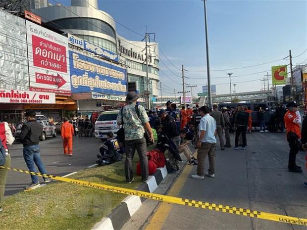 Thu tuong gui dien tham hoi ve vu xa sung kinh hoang tai Thai Lan hinh anh 1
