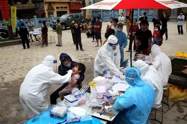 Da lay 11.847 mau xet nghiem virus SARS-CoV-2 o thon Ha Loi hinh anh 1