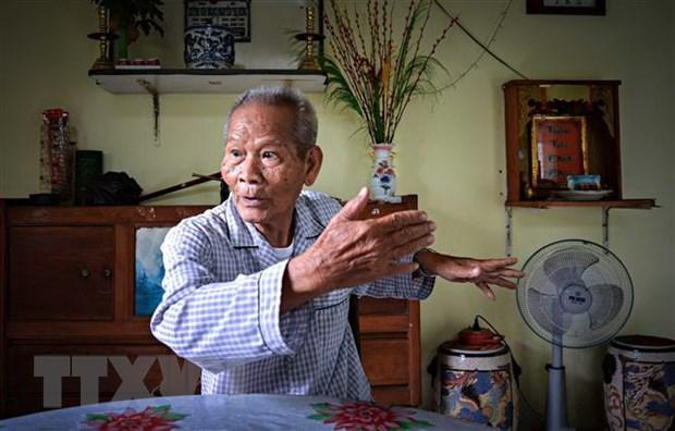 Nguoi chon vi tri dat tuong dai Bac Ho tren ben Ninh Kieu hinh anh 1